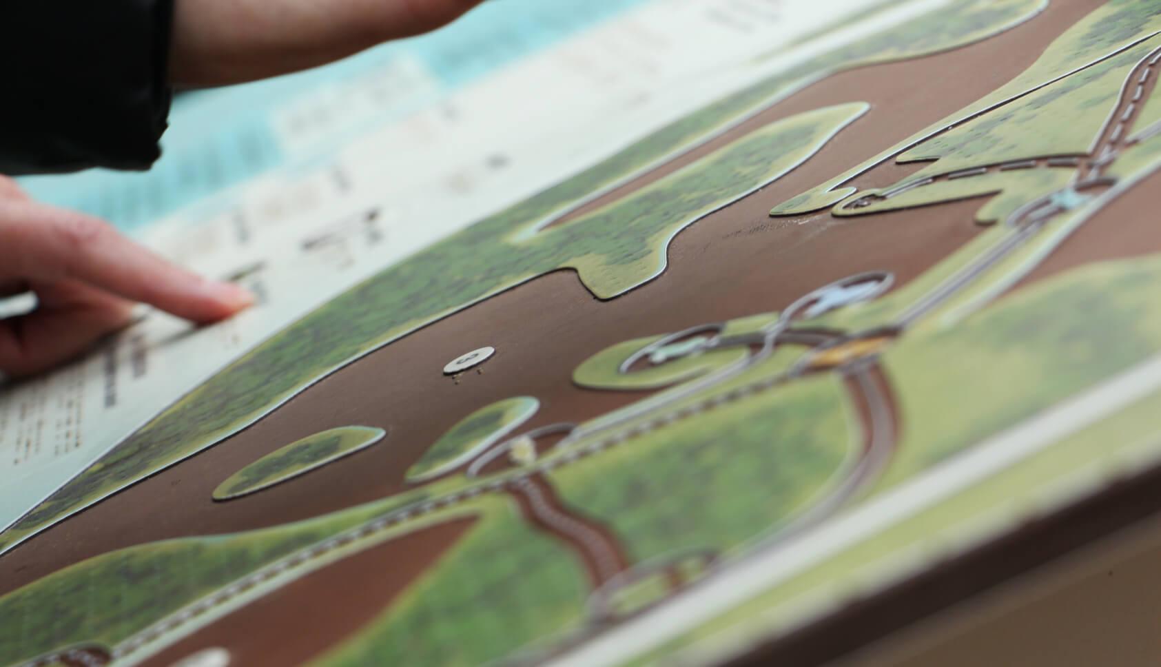 Plan braille et Falc pour le marais de l'étournel - signalétique adaptée